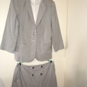 2 Piece Seersucker Skirt Suit